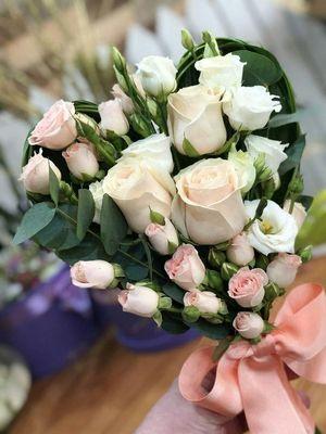 Как выбирать и преподносить цветы?